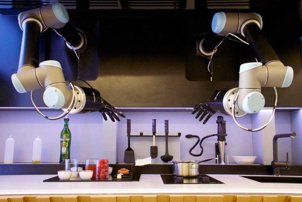 moley-robotics-automated-kitchen_lr