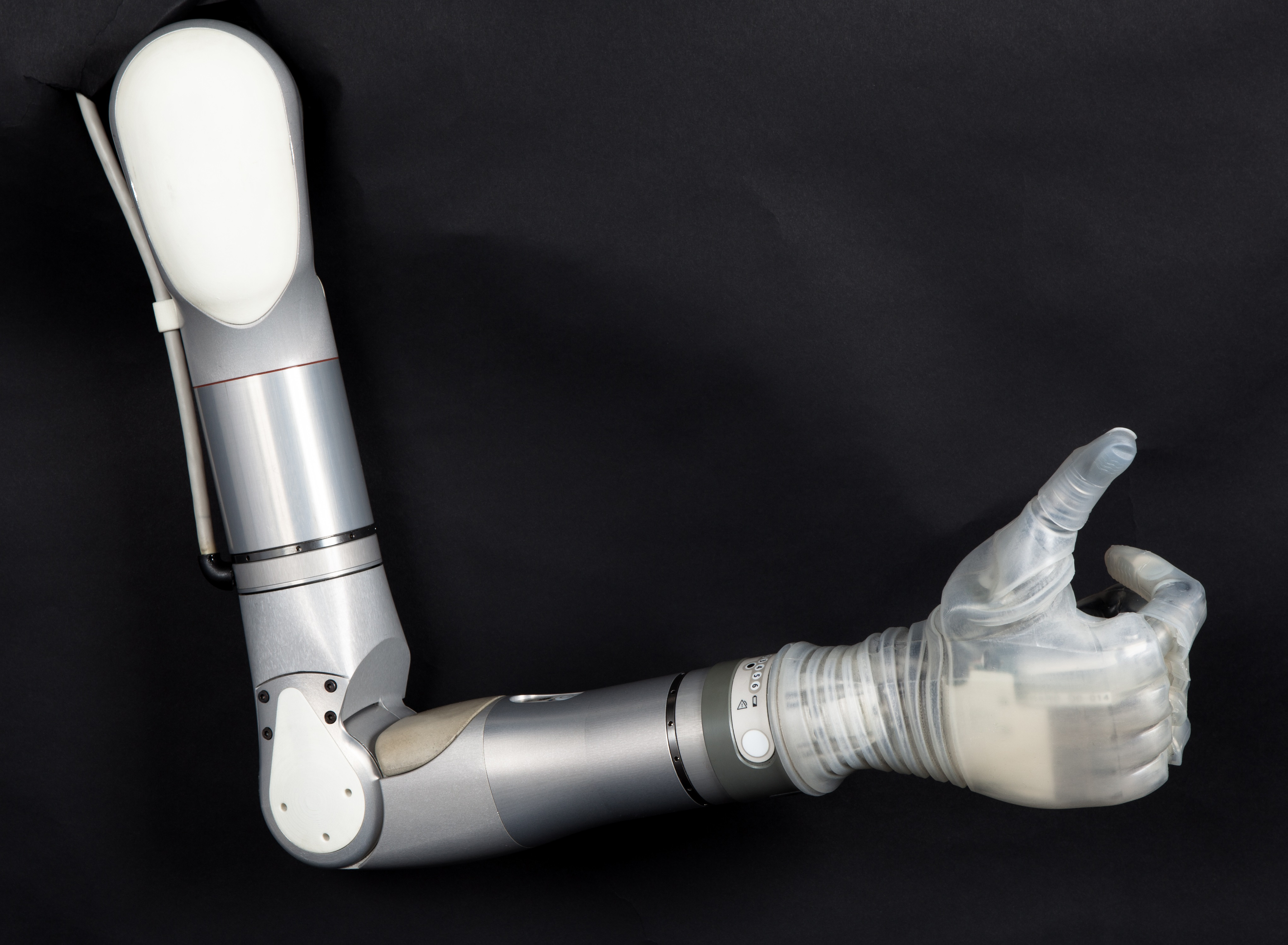 Mobius_Bionics_LUKE_Arm_Large